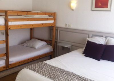 Notre chambre quadruple pour 4 personnes avec lits superposés