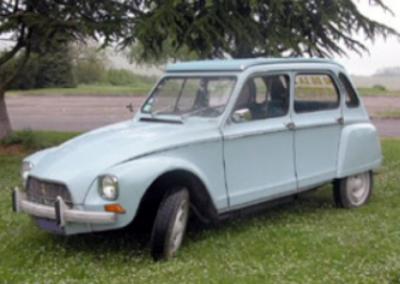 Notre Dyane Citroën disponible à la location